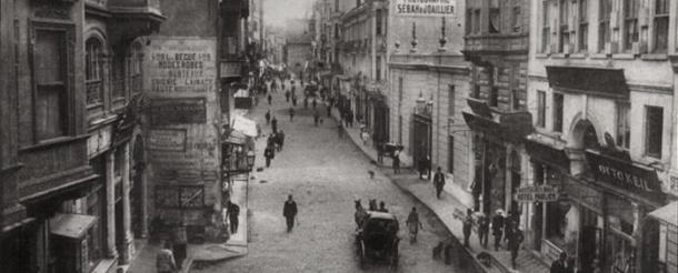 History - Décugis home